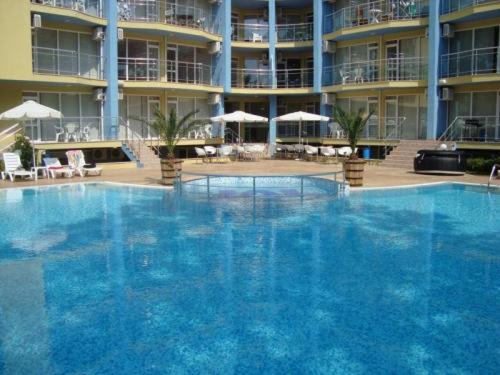 The swimming pool at or near Marack Apartments
