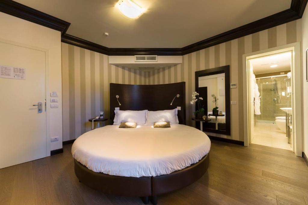 palazzo bezzi hotel ravenna italy booking com rh booking com