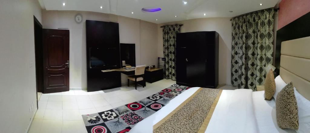 condo hotel al janaderia suites 3 jeddah saudi arabia booking com rh booking com