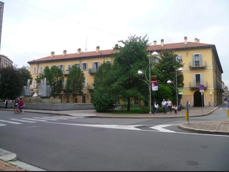 Apartment Appartament Suite Near Malpensa Milano And Lake