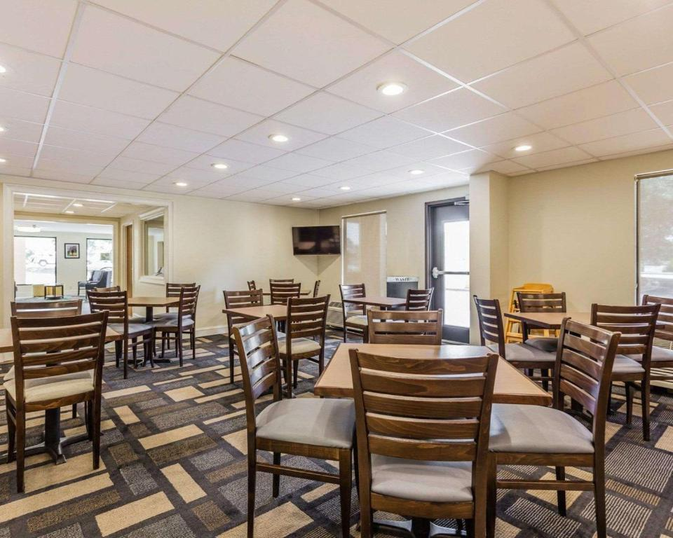 Clarion Inn - Mount Pleasant Charleston