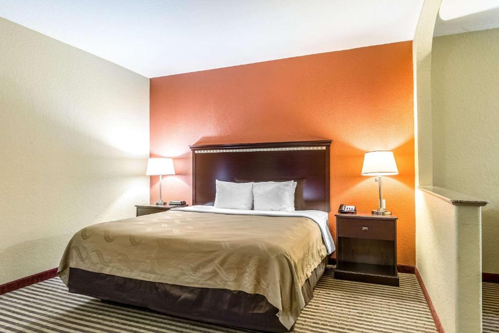 Quality Suites North Houston