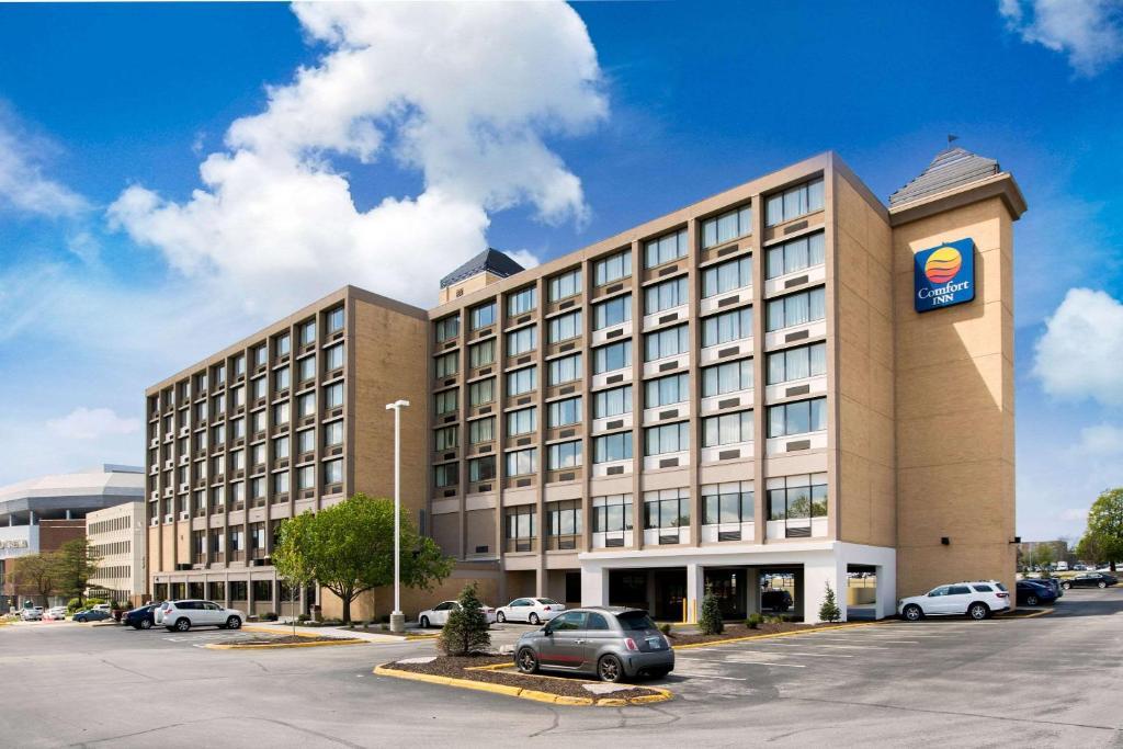 Comfort Inn Suites Event Center Des Moines Ia Booking Com