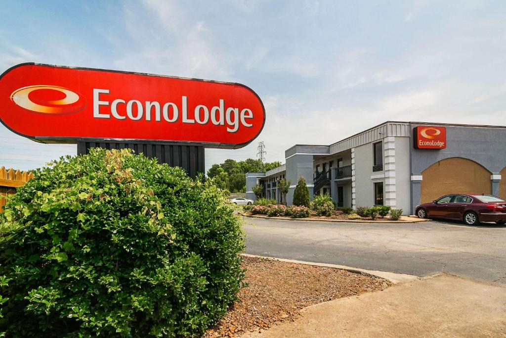 Econo Lodge Research Triangle Park Durham Nc Booking Com