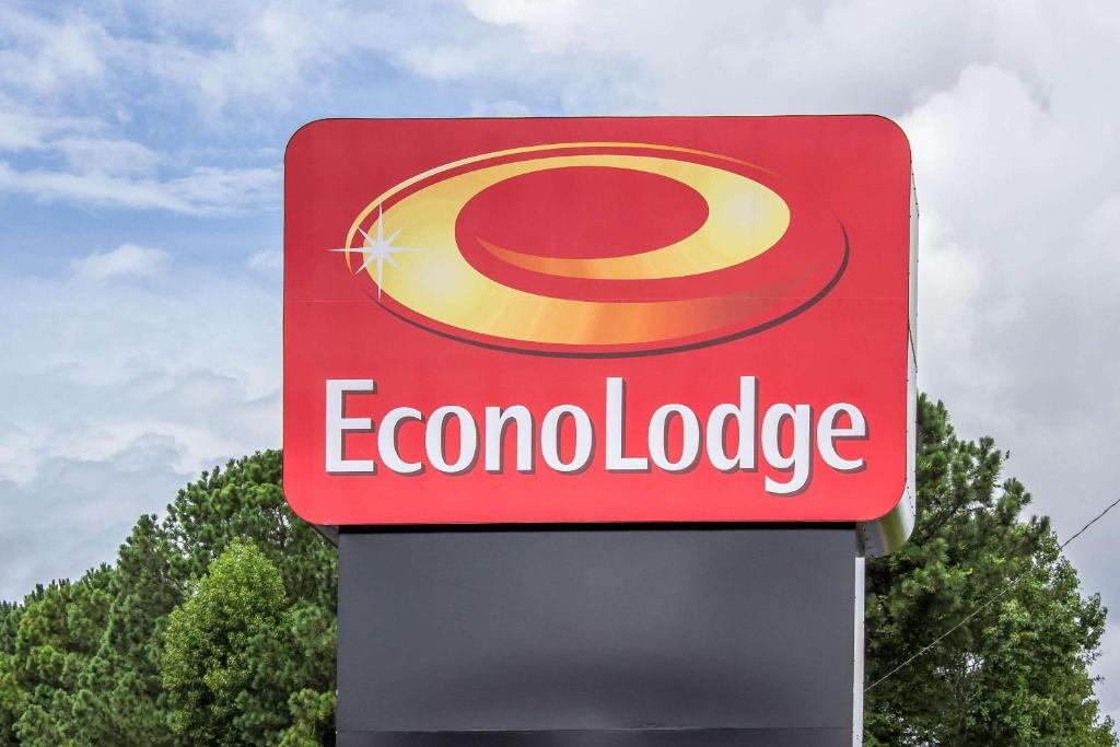 Econo Lodge Sanford Nc Booking Com