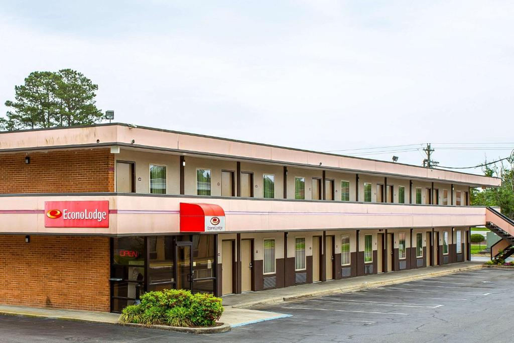 Econo Lodge Elizabeth City Nc Booking Com