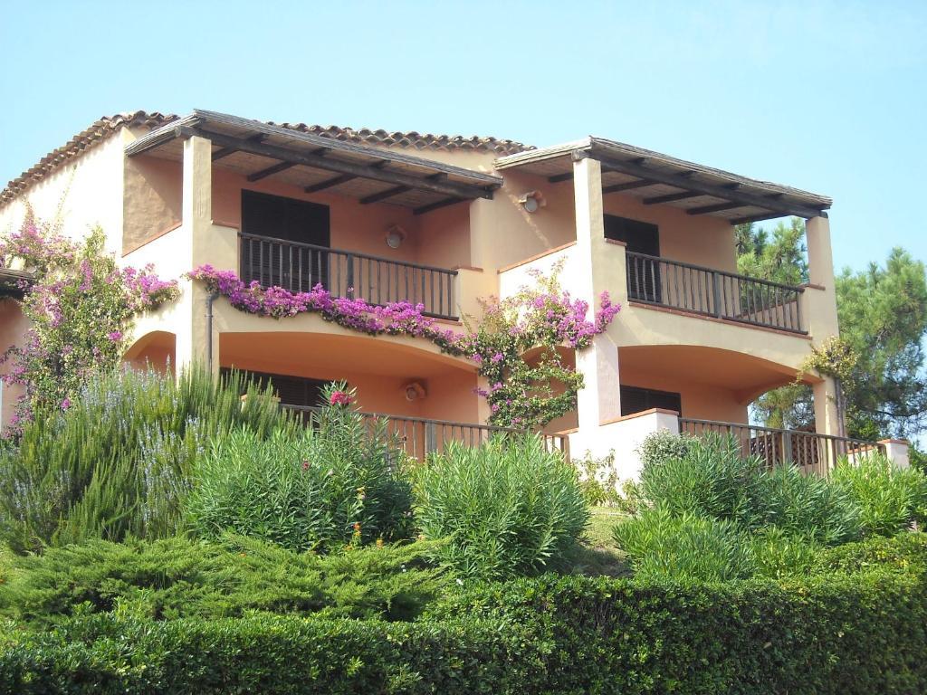 Apartments In Abbiadori Sardinia