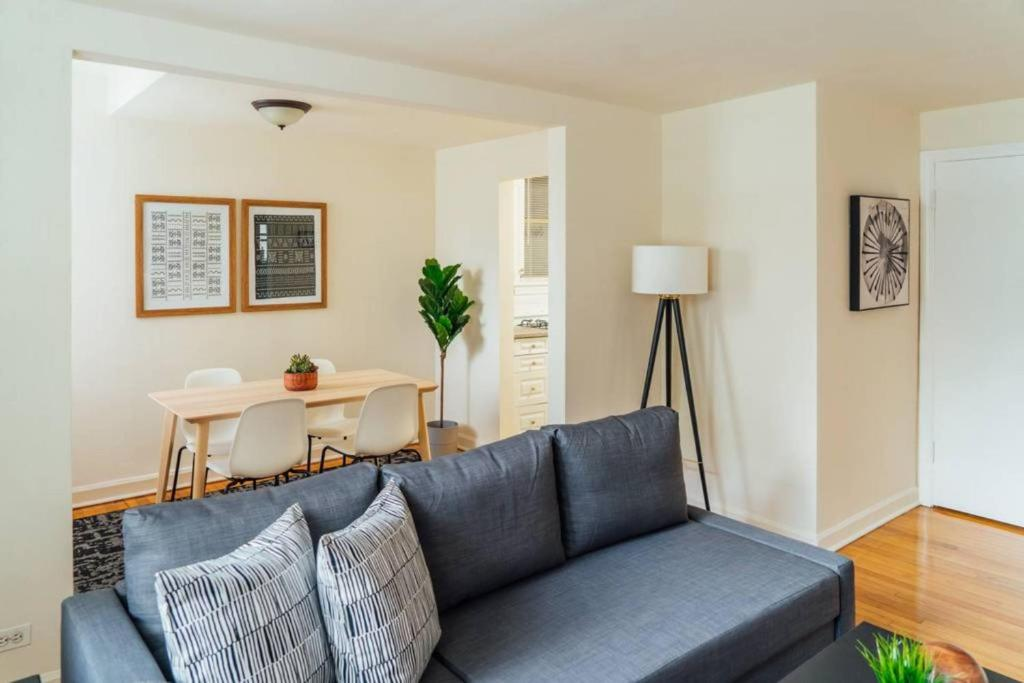 Apartment New Near Wrigley Lakeview Food Nightlife