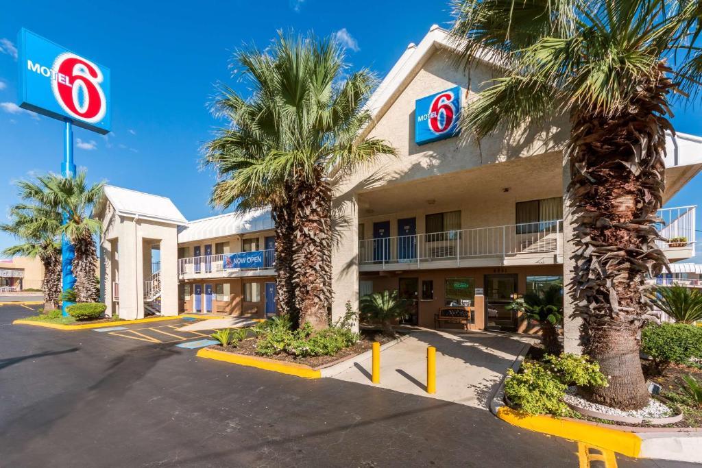 Red Roof Inn San Antonio Tx Booking Com