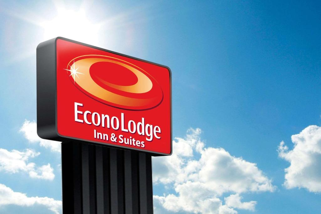 Econo Lodge Inn Suites Yuma Az Booking Com