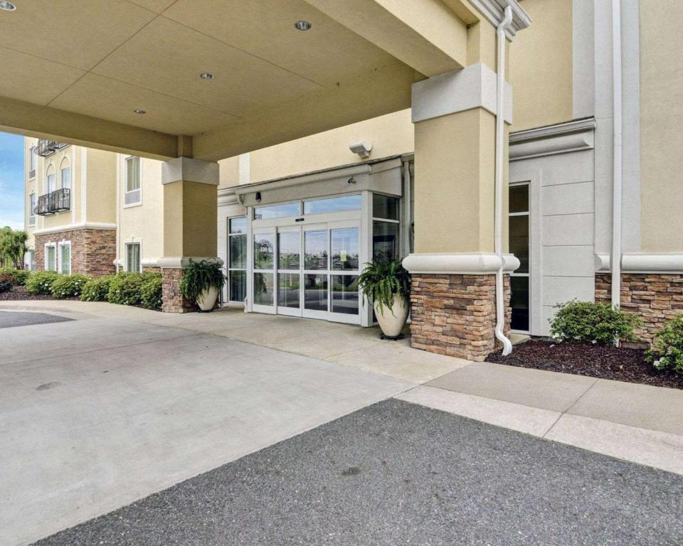 Hotel Cs Near Hot Springs Park Ar Bookingcom