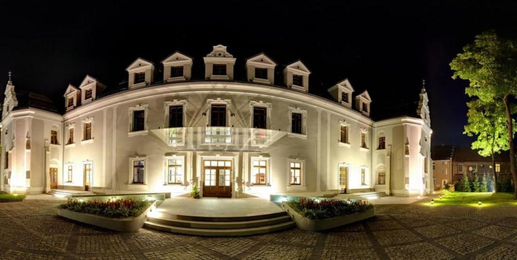 Hotel Zamek Lubliniec Poland Bookingcom