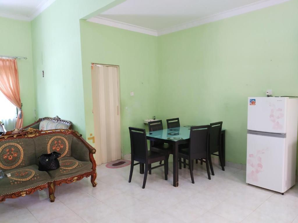 Vacation Home Plamo Garden P 21 Batam Center Indonesia Booking Com