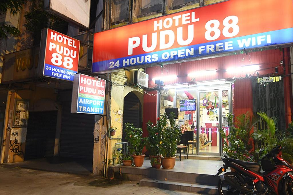 Ev World Hotel Puduraya @ China Town