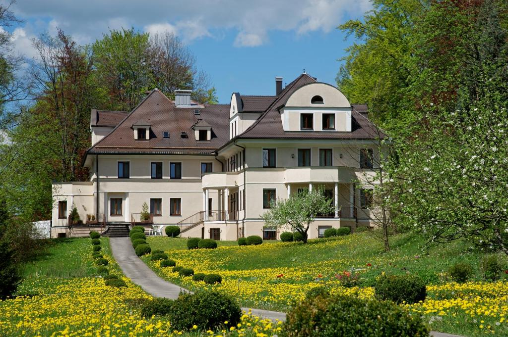 Villa Toscana Deutschland F Ssen