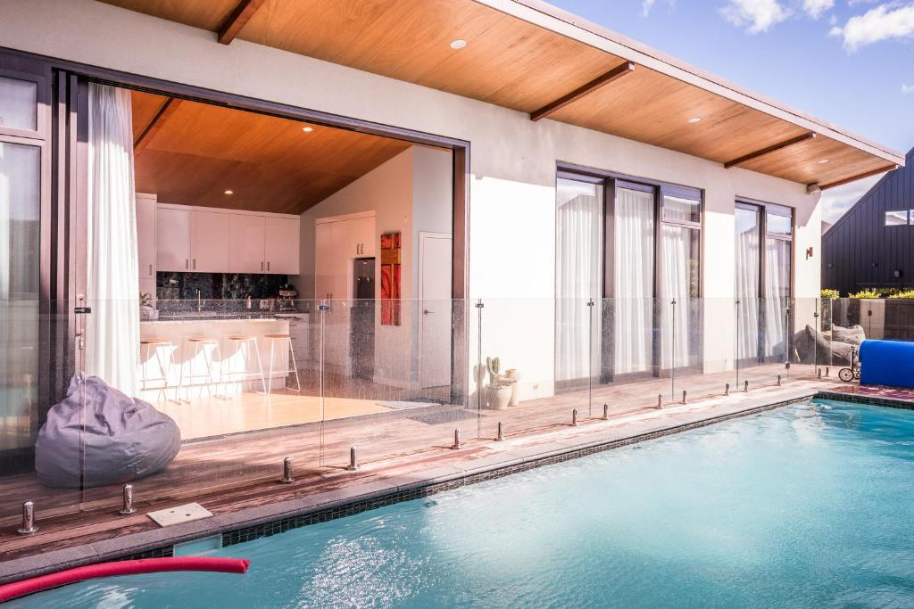 pool house at the mount, mount maunganui \u2013 updated 2019 prices