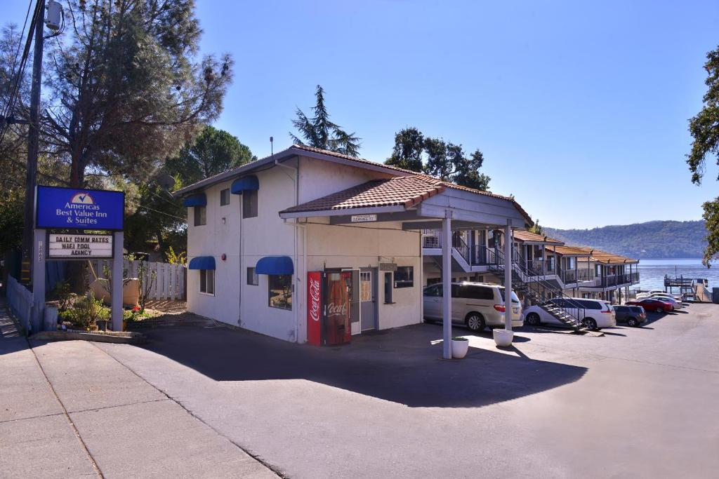 Americas Best Value Inn And Suites Clearlake Reserve Now Gallery Image Of This Property