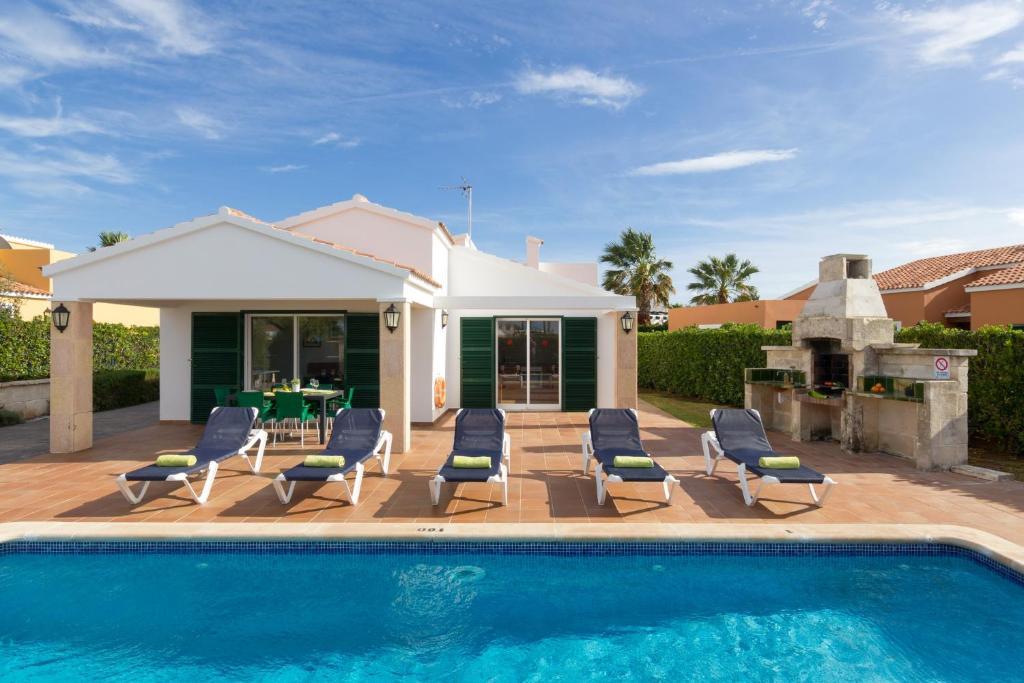 Villa SAladern (Spanje Cala n Bosch) - Booking.com