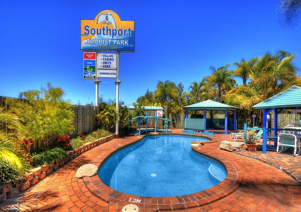 resort village southport tourist park gold coast. Black Bedroom Furniture Sets. Home Design Ideas