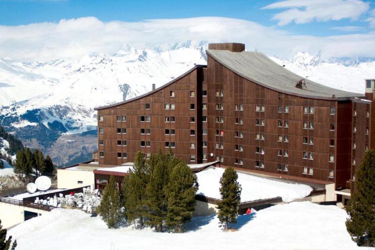 L'établissement Hotel Club Altitude Arc 2000 en hiver
