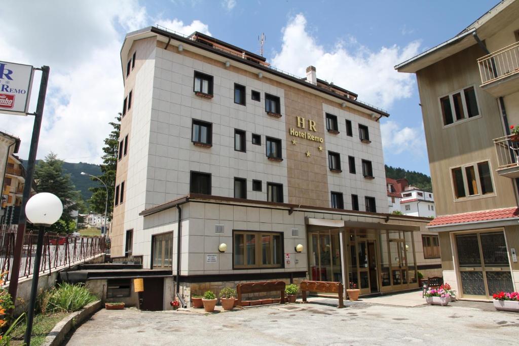 Plafoniere Per Hotel : Hotel da remo roccaraso u prezzi aggiornati per il