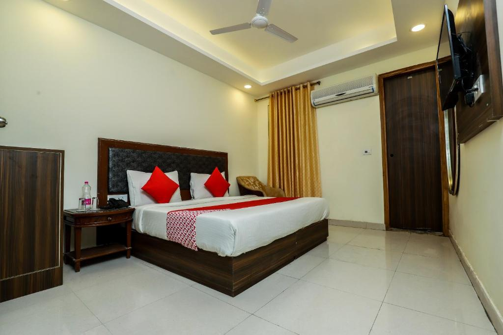 airport hotel mountain new delhi updated 2019 prices rh booking com