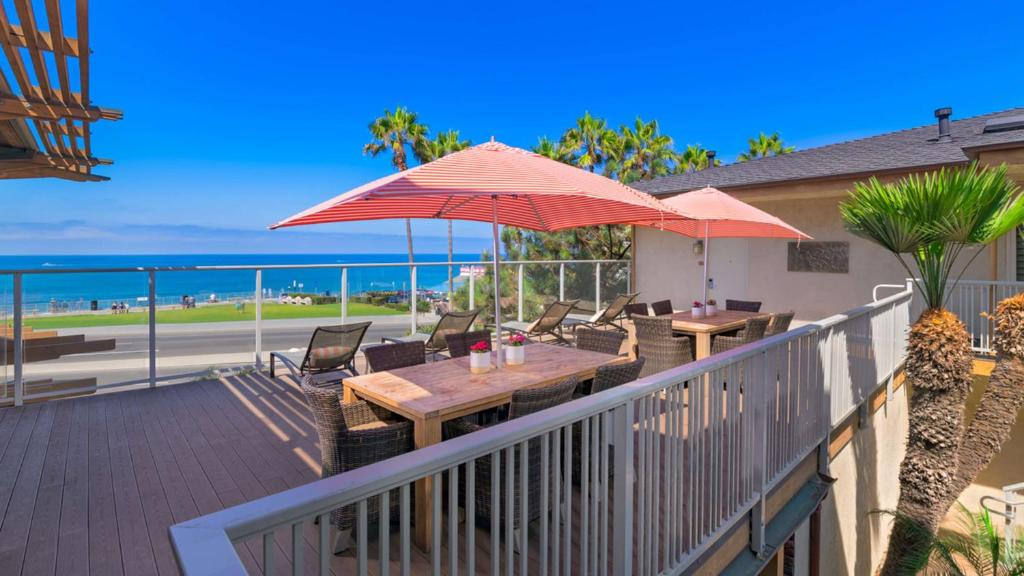 Best Western Plus Beach View Lodge Reserve Now Gallery Image Of This Property