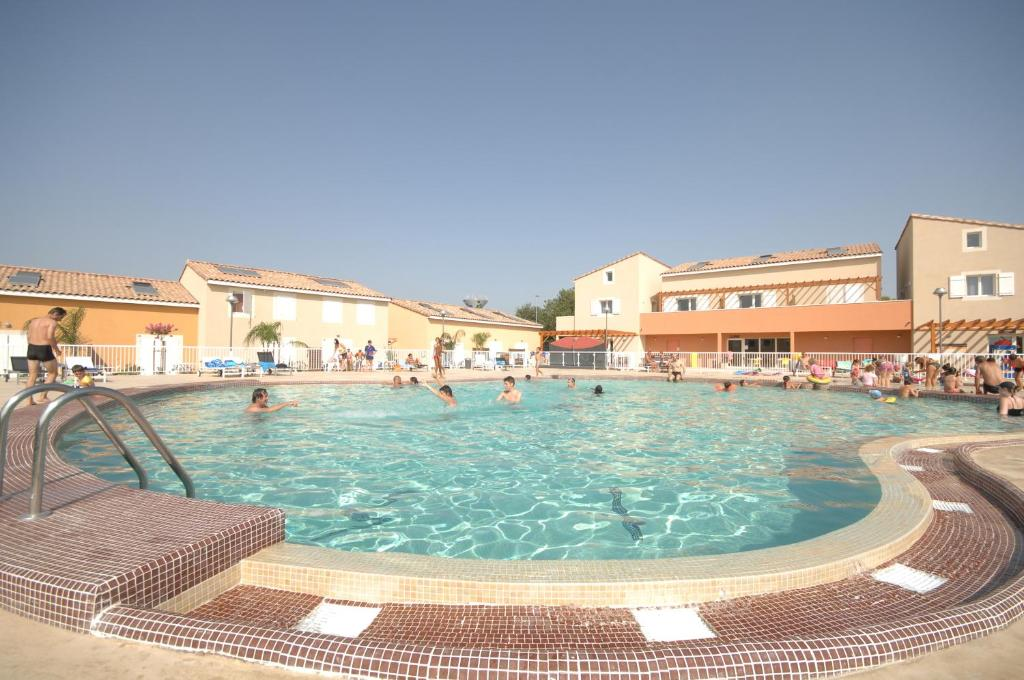 The swimming pool at or near Vacancéole - Les Demeures Torrellanes - Saint-Cyprien