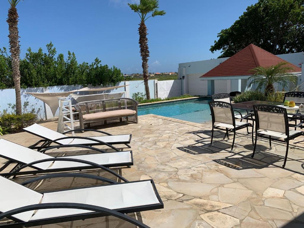 A Ocean View Malmok Villa Eagle Beach Aruba Booking Com