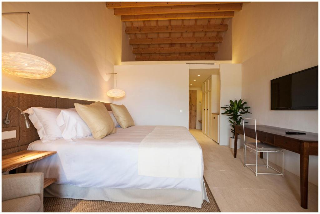 boutique hotels in menorca  302