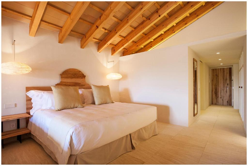 boutique hotels menorca  173