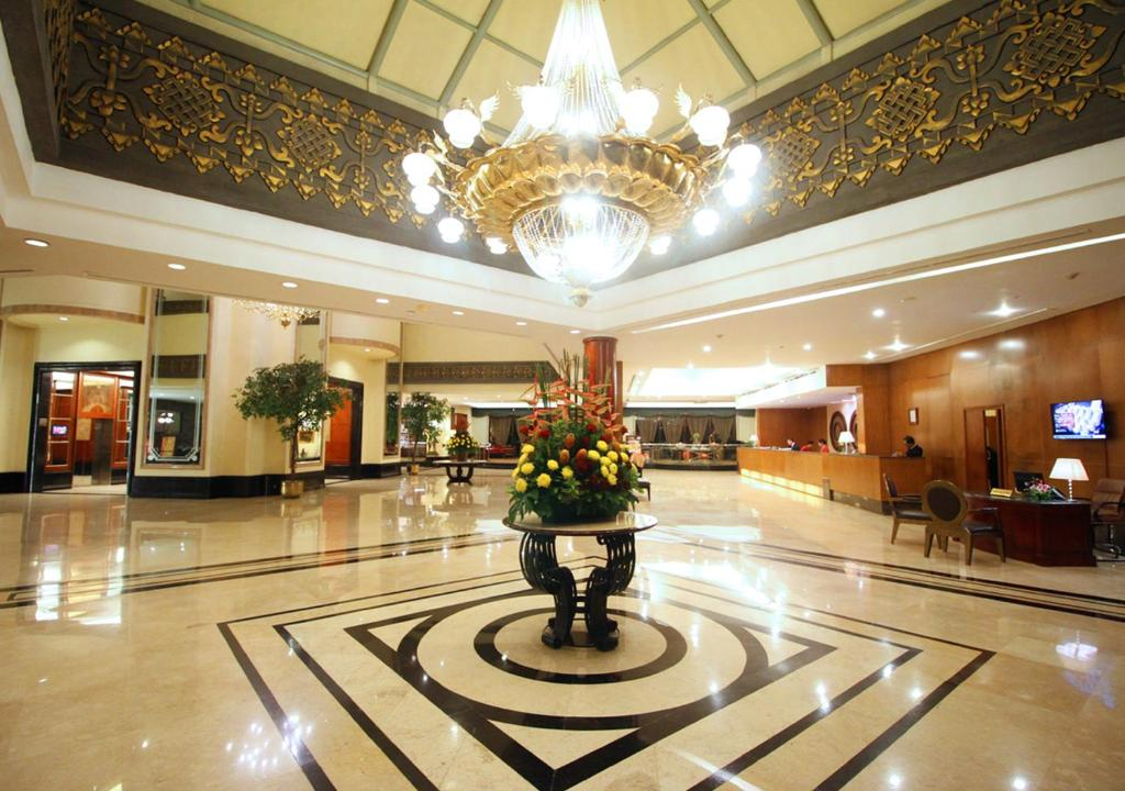 The Sultan Hotel Jakarta Indonesia Booking Com