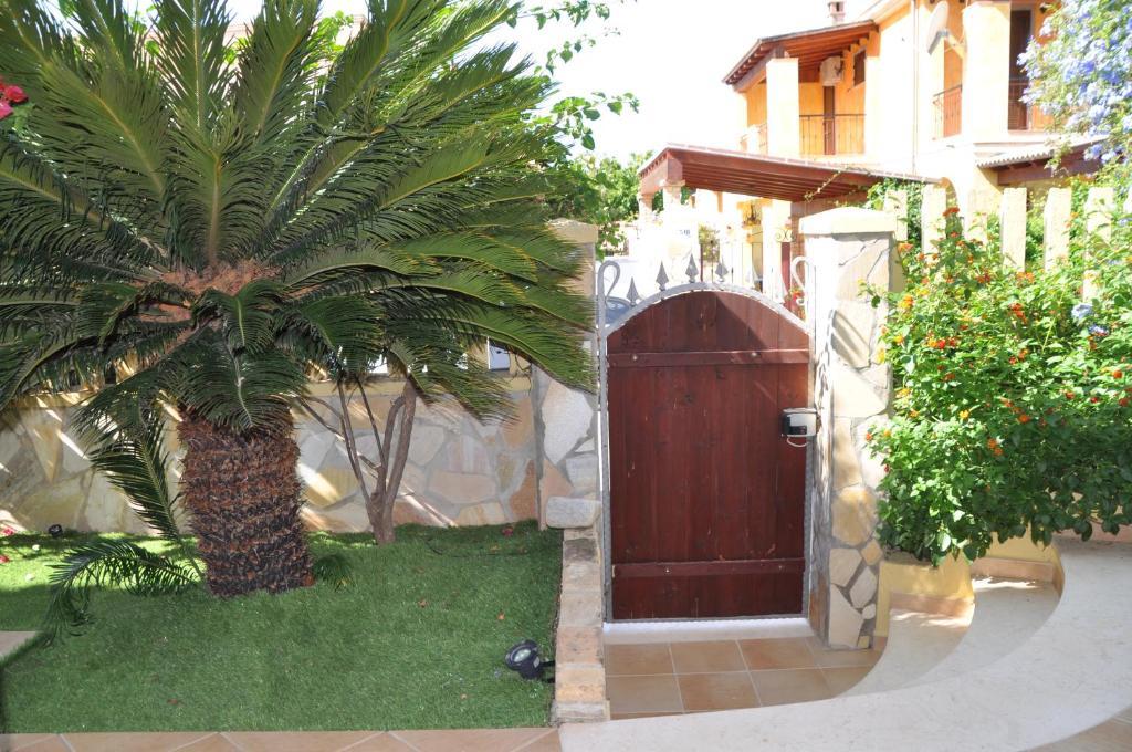 Eva Arredamenti Letti A Castello : Villa eva luxury villasimius villasimius u2013 prezzi aggiornati per il