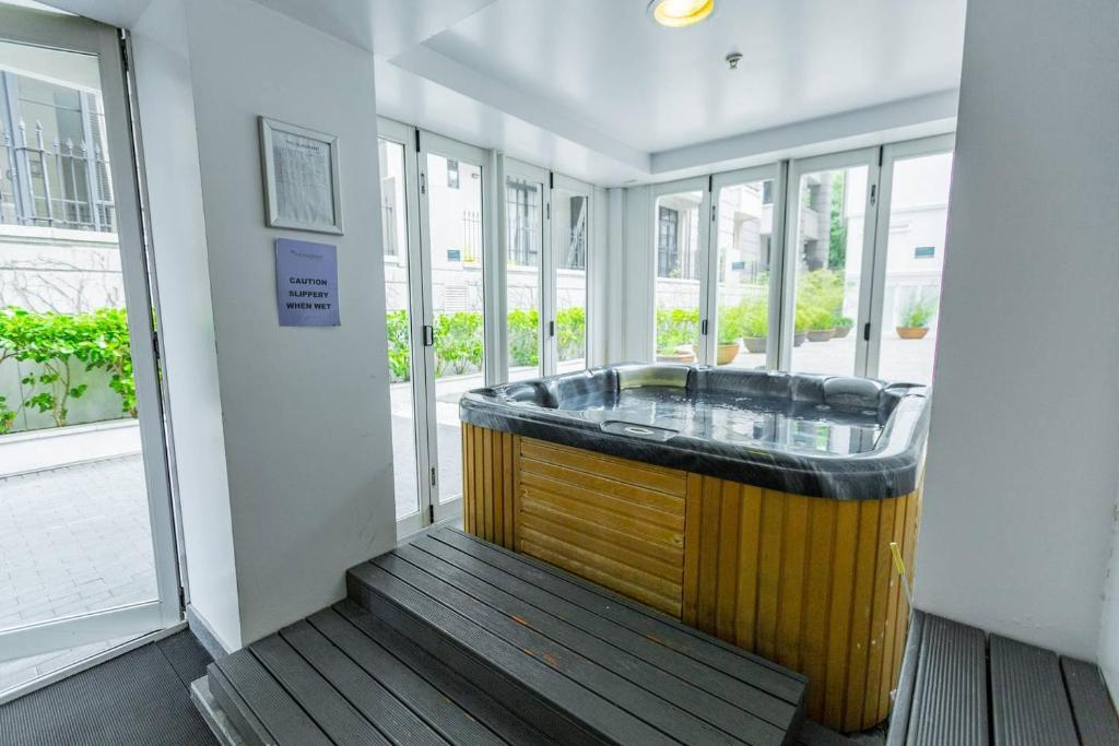 Apartment cosy one bedroom auckland cbd with gym and hot tub new