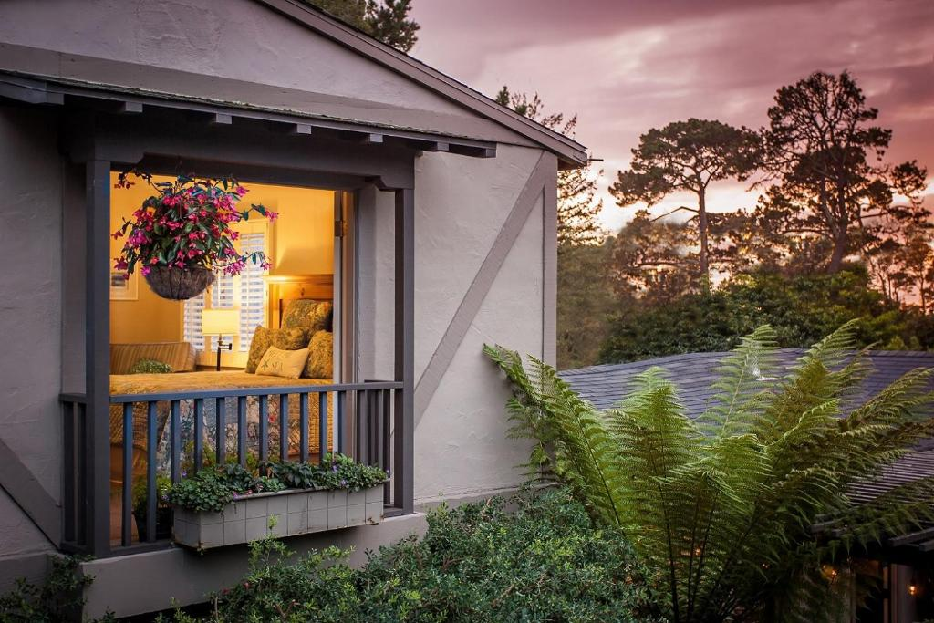 Carmel Country Inn Ca Booking Com