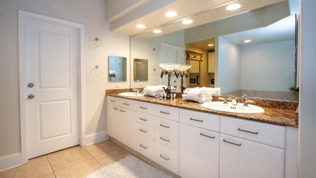 crb0202 pristine corner four bedroom apartment オレンジビーチ