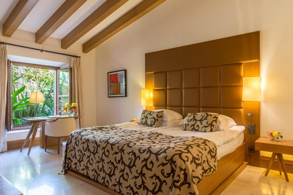boutique hotels in es capdella  12