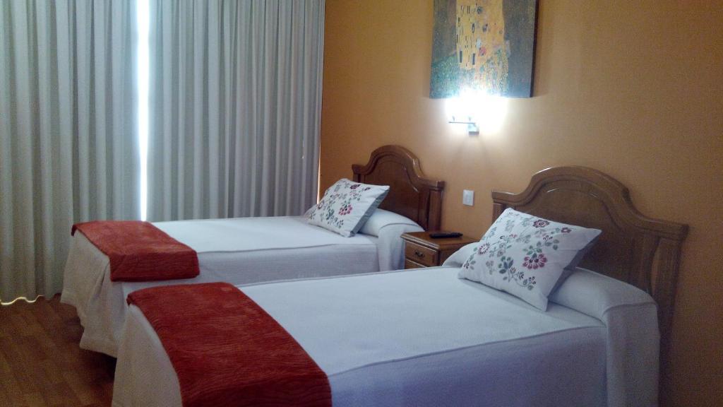 Hotels In Cibuyo Asturias