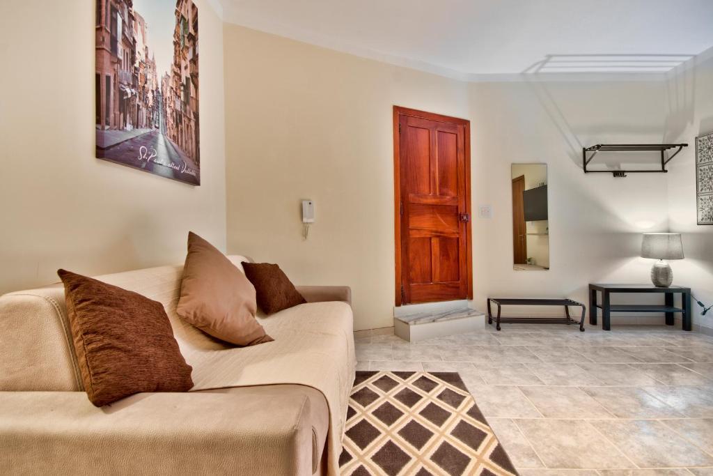 Strand Mansions 1, Sliema – Prezzi aggiornati per il 2019