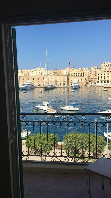 besplatno druženje na Malti snage koje datiraju iz Njemačke