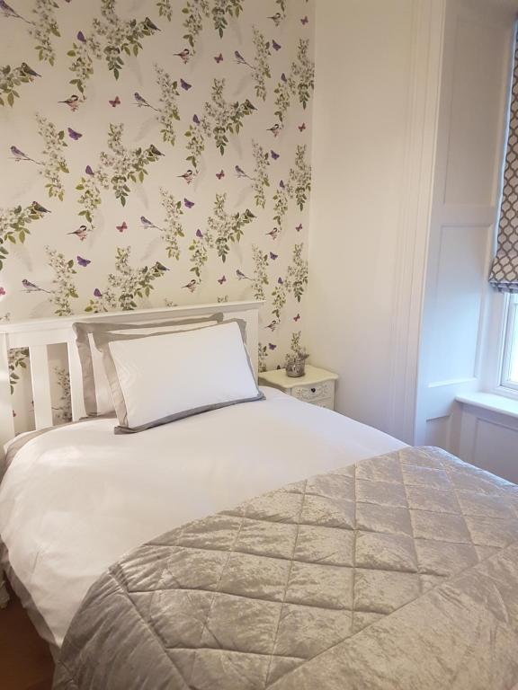 Marvelous Apartment Harbour House Dunmore East Ireland Booking Com Home Interior And Landscaping Ologienasavecom