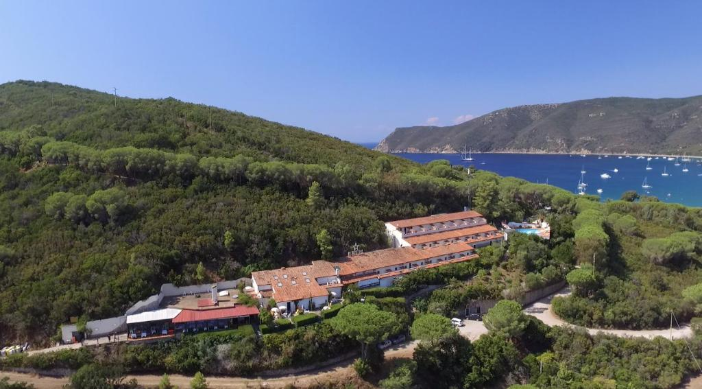 A bird's-eye view of Hotel Capo Di Stella
