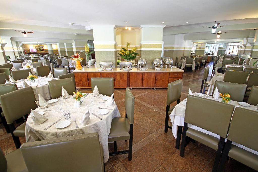 172d1c9cc0 San Raphael Hotel