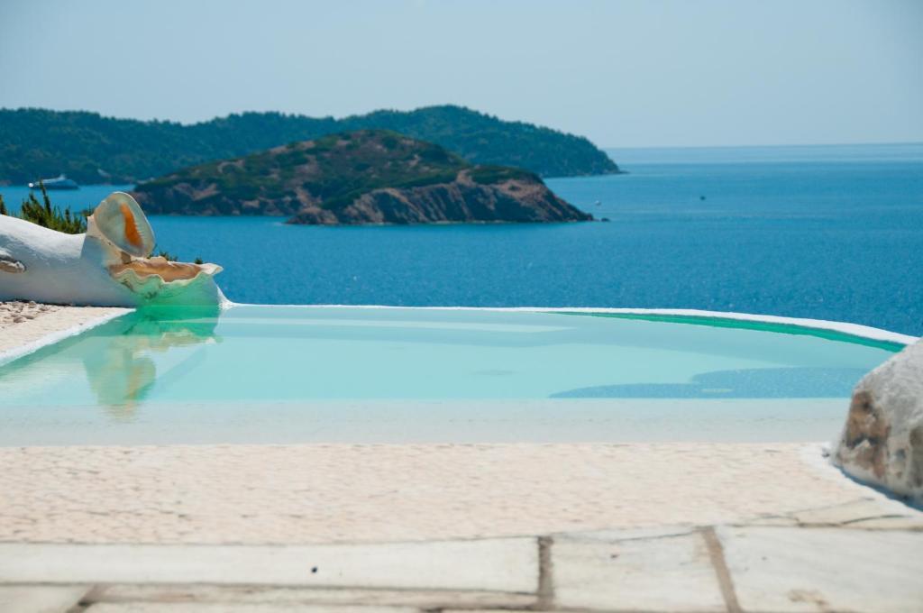 Πισίνα στο ή κοντά στο Dream property pool, jacuzzi and sea