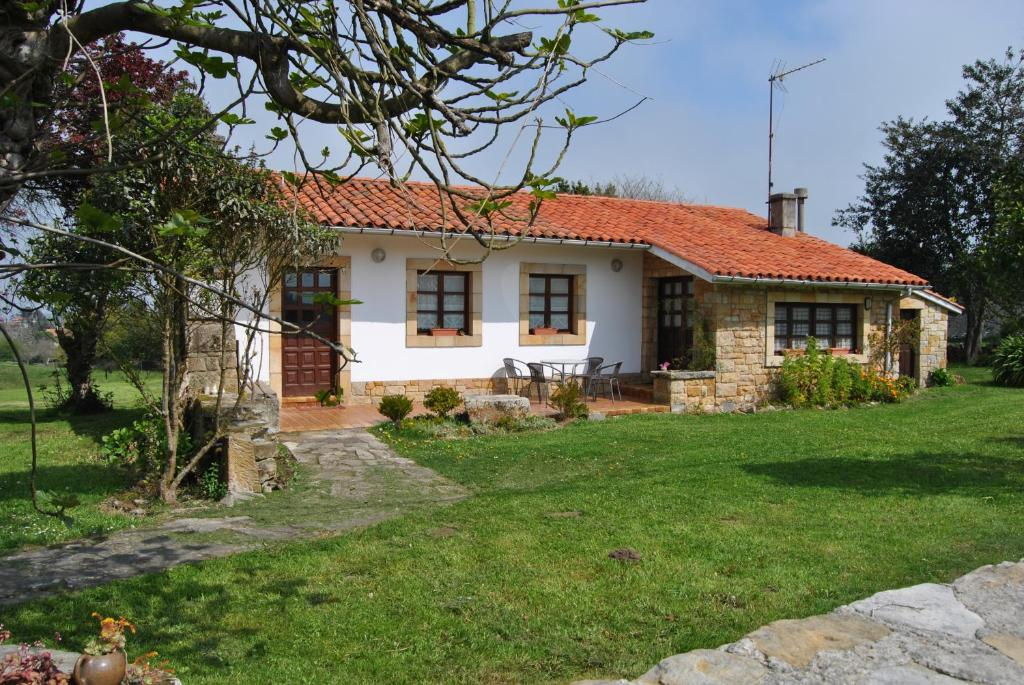Vacation Home Casa Tala, Villaviciosa, Spain - Booking.com
