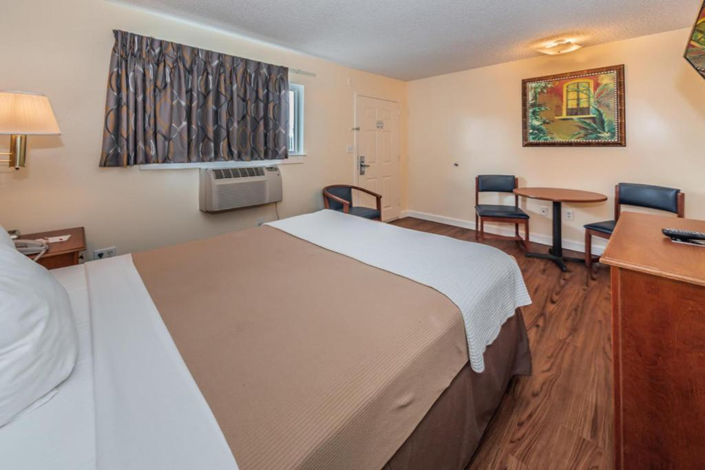 Tampa Bay Extended Stay Hotel Largo Fl Bookingcom
