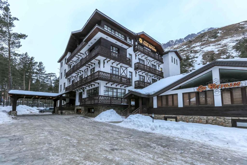 Ozon Seven Peaks Hotel during the winter