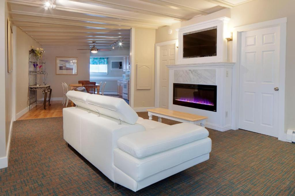 Beach Walk Apartments And Cottages Old Orchard Beach Me Booking Com