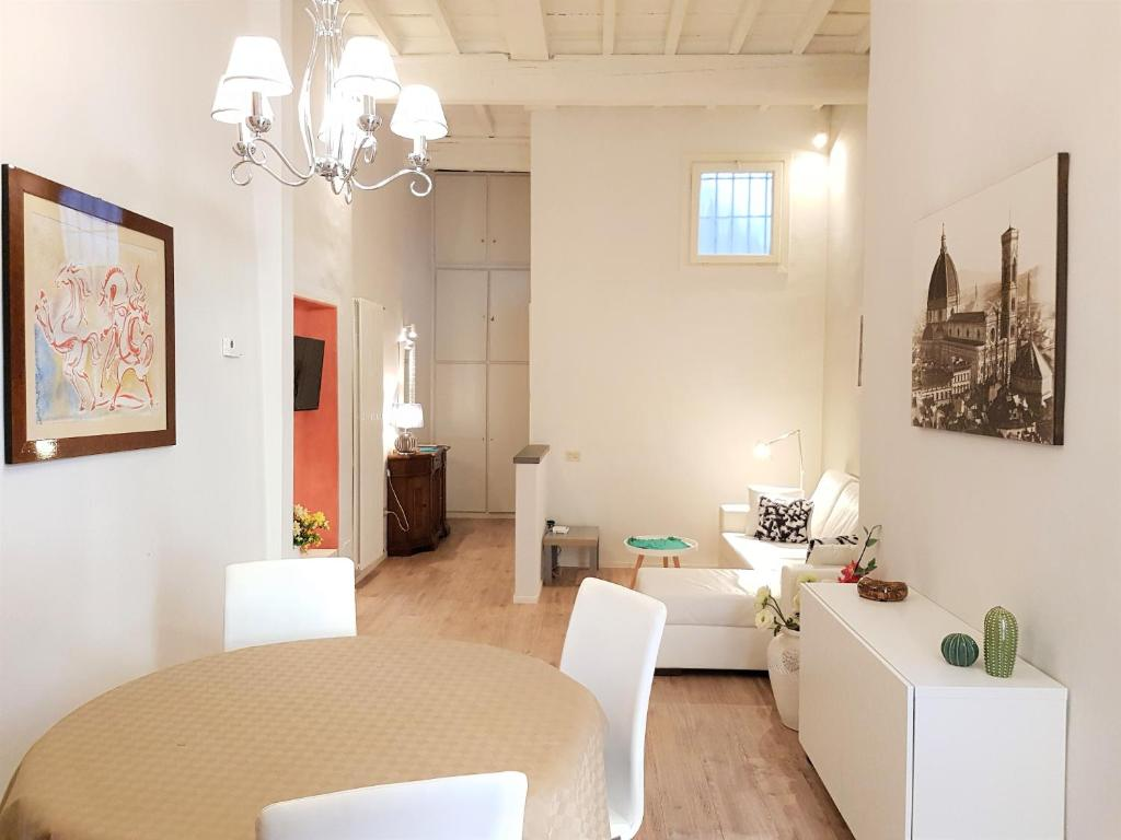 Appartamento Laura Elegant (Italia Firenze) - Booking.com