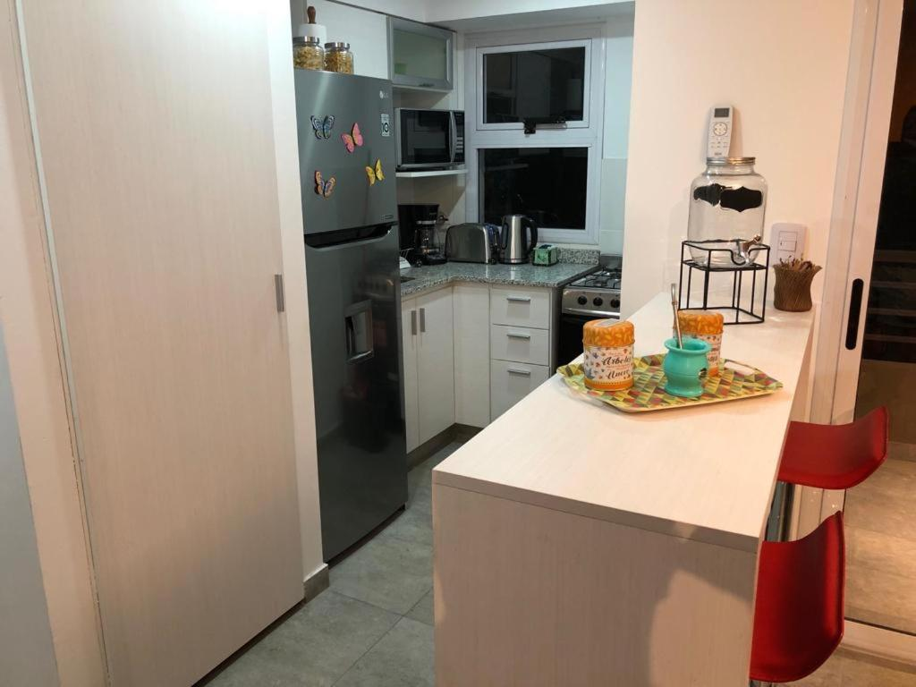 A kitchen or kitchenette at Apartamento Belmonte V